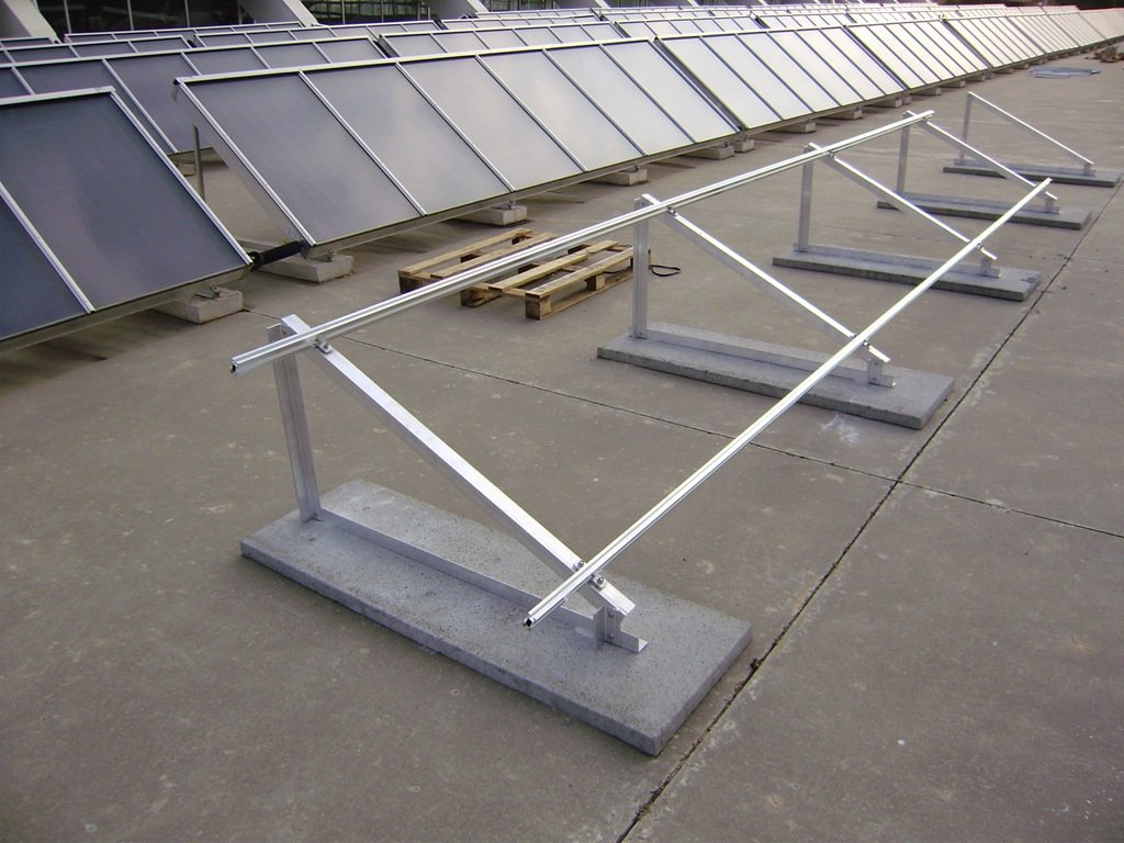 Instalador en Segovia y Valladolid de bomba de riego con placas solares fotovoltaicas agricultura
