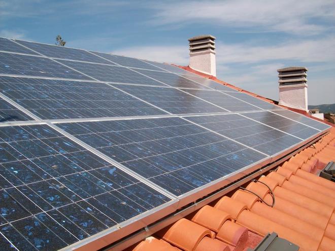 Empresa instaladora montadores placas y paneles solares fotovoltaicos en Valladolid y Segovia