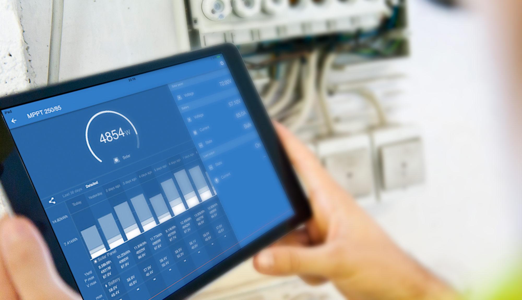 Software programa seguimiento monitorización paneles y placas solares fotovoltaicas victron connect tablet