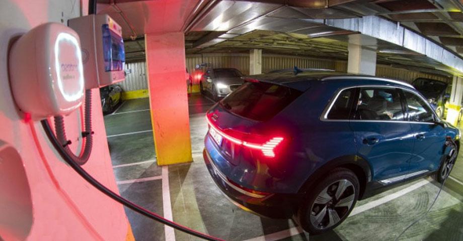 wallbox punto recarga coche electrico garaje comunitario comunidad vecinos valladolid